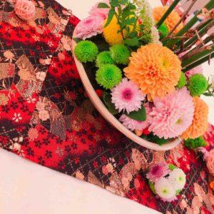 熱田神宮の披露宴で使用したテーブルランナーとお花(熱田神宮の結婚式・1)