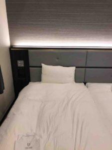 綺麗なベッド。