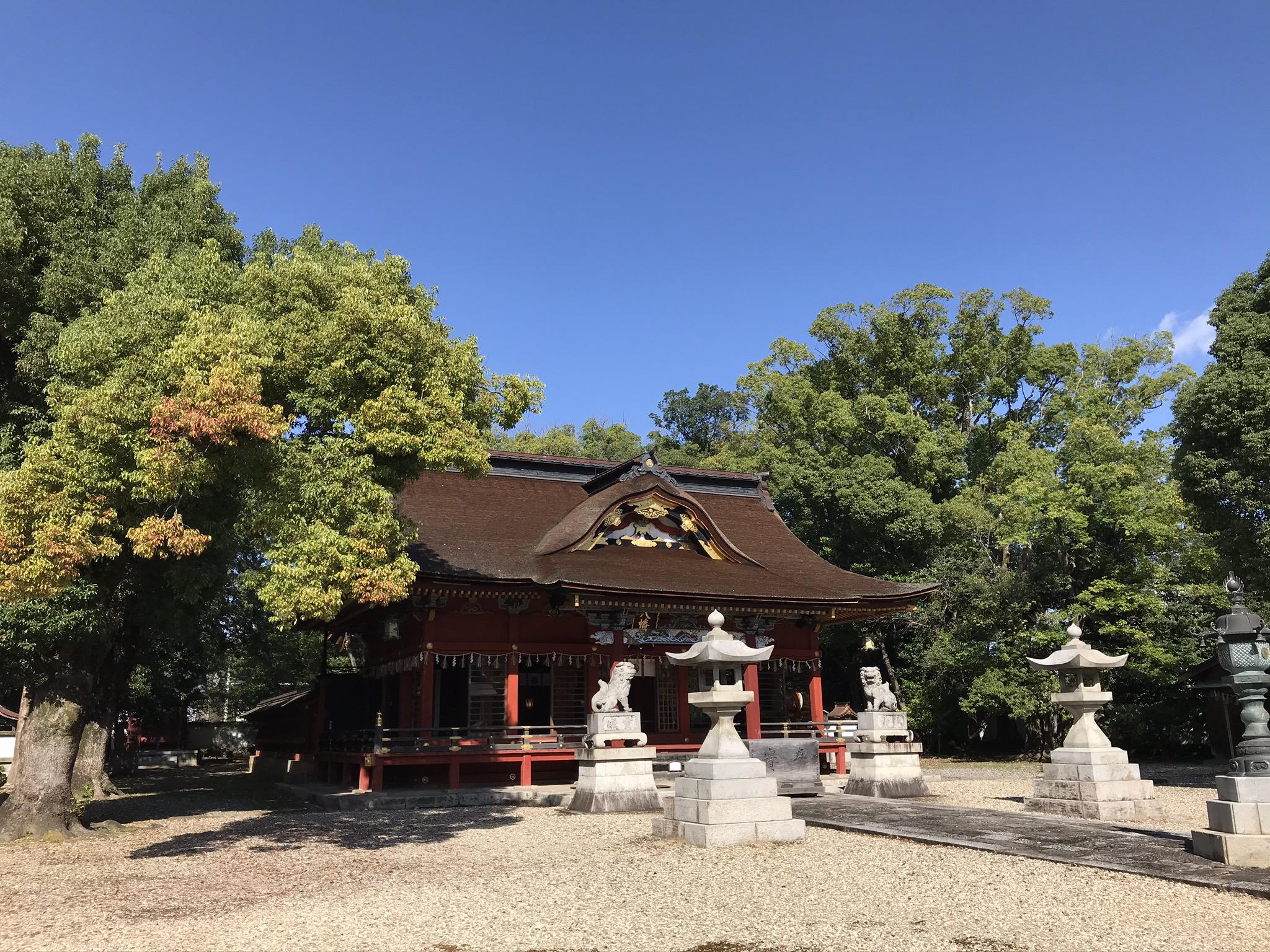 伊賀八幡宮の拝殿。