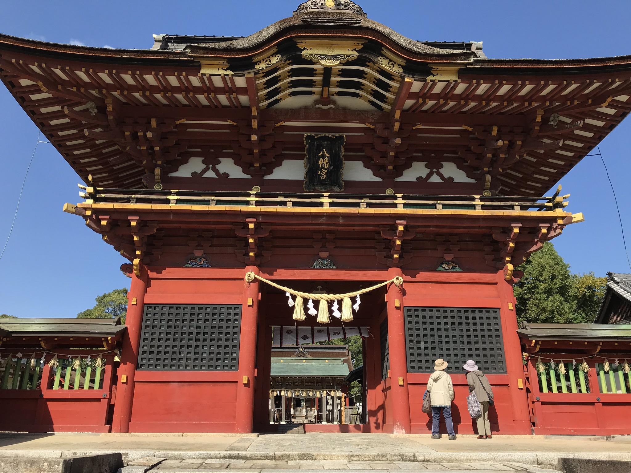 伊賀八幡宮の隋神門
